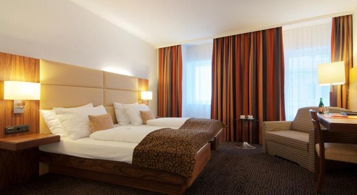 טיסה + 3 לילות  4ימים מלאים  החל ממרץ עד יוני  תאריכים נבחרים במלון 4 כוכבים IMLAUER וינה ע