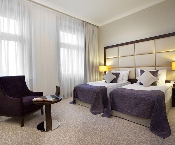 חופשת דלקס כשרה לפראג מ 21-24.10 חבילה הכוללת 3 לילות במלון ...
