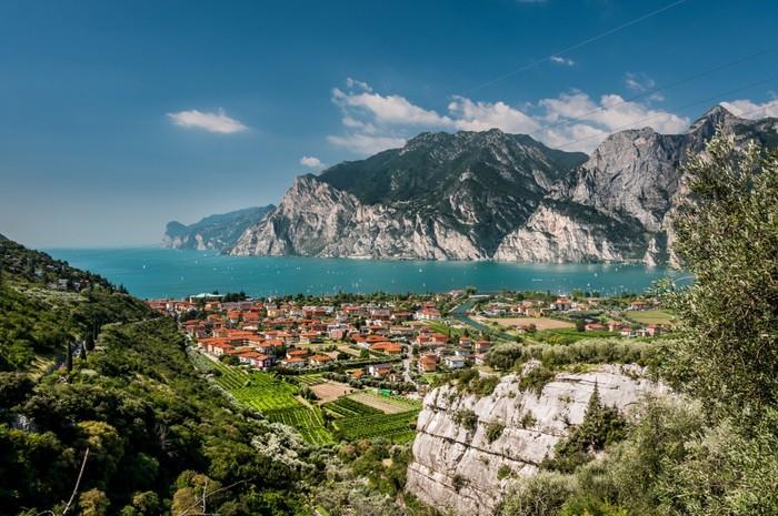 חופשה כשרה באיטליה באזור אגם גארדה חבילה שמתאימה למשפחות ולז...