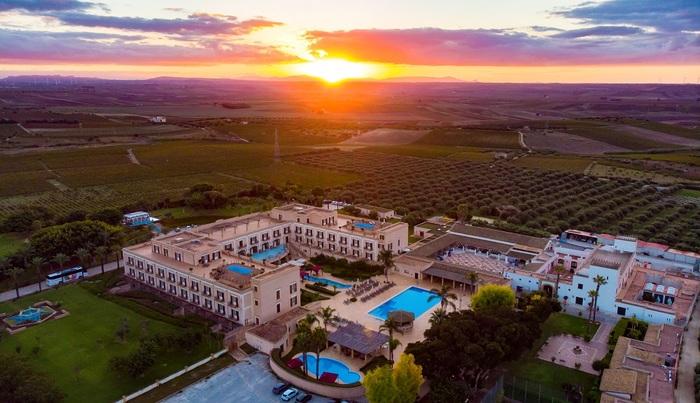 לראשונה סיציליה כשר   חוויה קסומה בגן העדן האיטלקי במלון המ...
